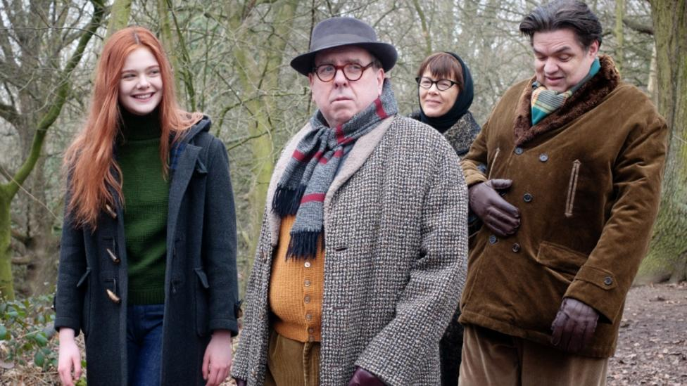 Elle Fanning, Timothy Spall, Annette Bening, Oliver Platt in Ginger and Rosa