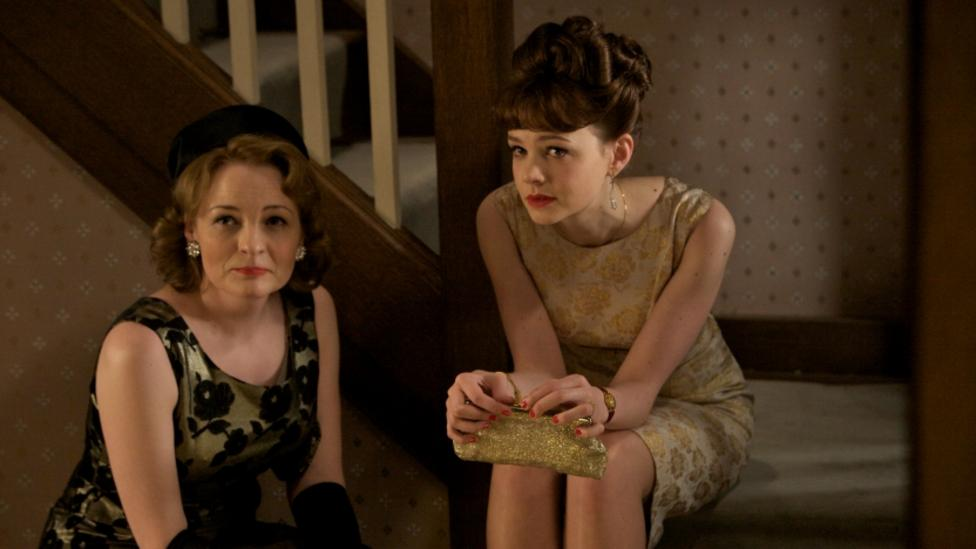 Cara Seymour and Carey Mulligan in An Education