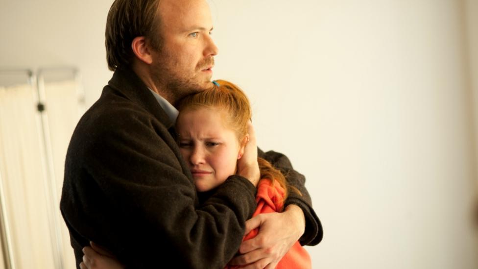 Rory Kinnear and Rosalie Kosky Hensman in Broken
