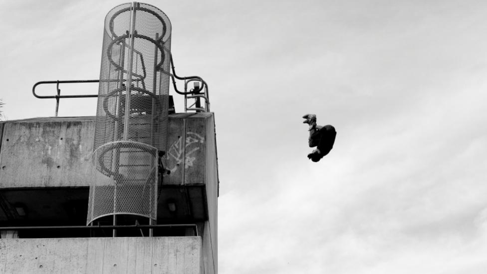 A freerunner in What If