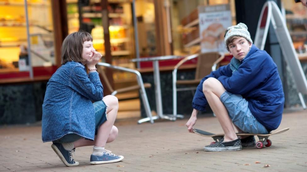 Eloise Laurence and Bill Milner in Broken