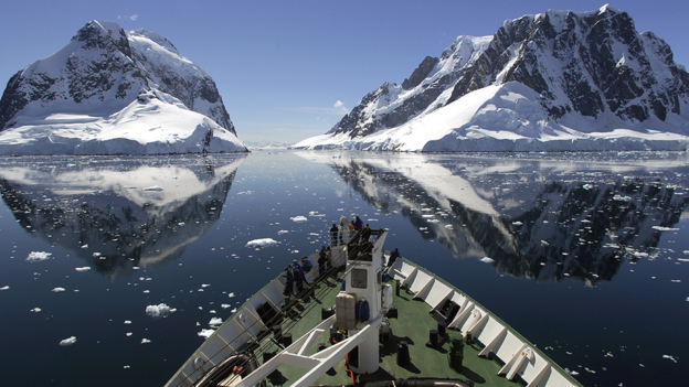 should tourism be allowed in antartica Tourism should be banned in antarctica 0% say yes 0% say no no responses have been submitted no responses have been submitted related.