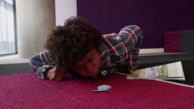 Blue Peter - Radzi and Barney try kipper racing!