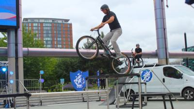 Blue Peter - Check out these epic bike tricks