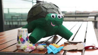 Blue Peter - How to make a Shelley piñata