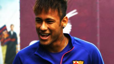 MOTD Kickabout - John Farnworth's Freestyle Magic amazes Neymar