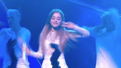 Friday Download - Ariana Grande performs Problem