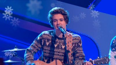 Friday Download - The Vamps perform Jingle Bells