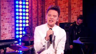 Friday Download - Conor Maynard performs Talking About