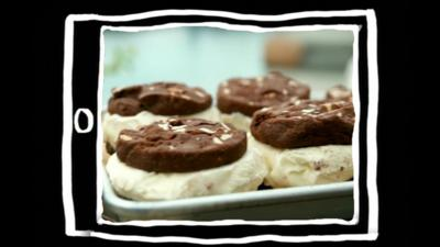 Matilda and the Ramsay Bunch - Ramsay Whoopie Pies