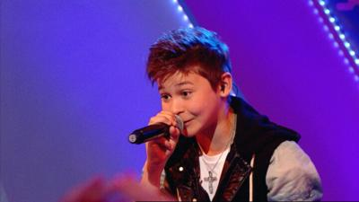 Friday Download - Bars and Melody perform Hopeful