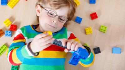 Nina and the Neurons - What do children learn from building in play?