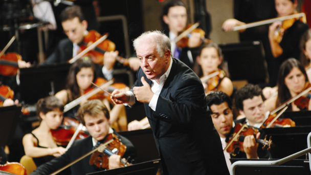 Daniel Barenboim. Photographer: Monika Rittershaus