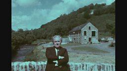 Dilyn Afon Cletwr: T. Llew Jones