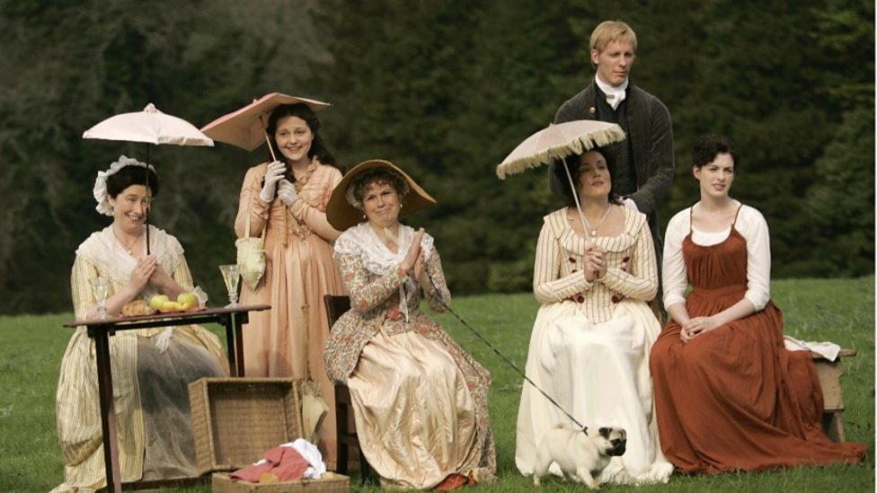 Julie Walters, Laurence Fox and Anne Hathaway in Becoming Jane