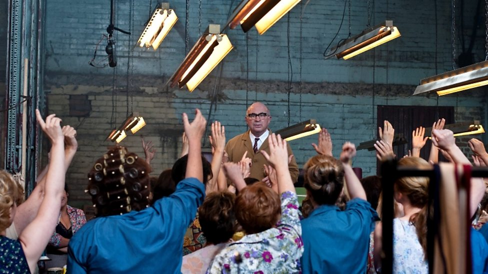Bob Hoskins and supporting cast of Made In Dagenham