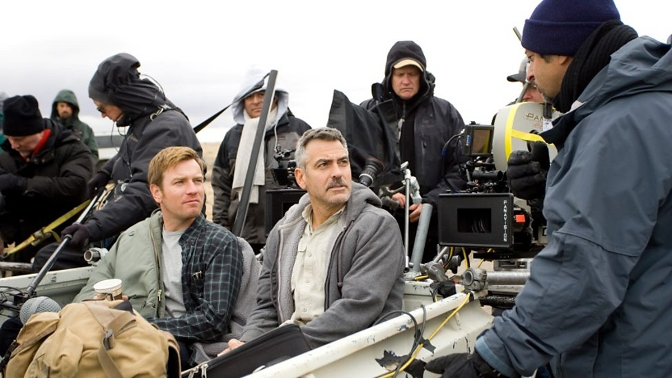 Director Grant Heslov, Ewan McGregor and George Clooney on the set of The Men Who Stare At Goats