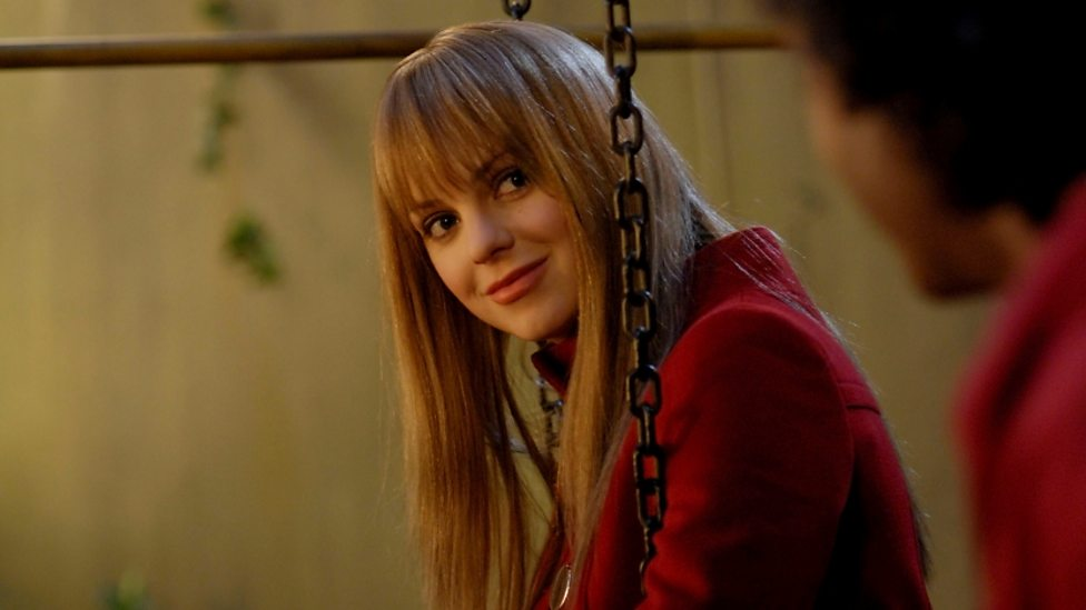 Anna Faris in Frequently Asked Questions About Time Travel