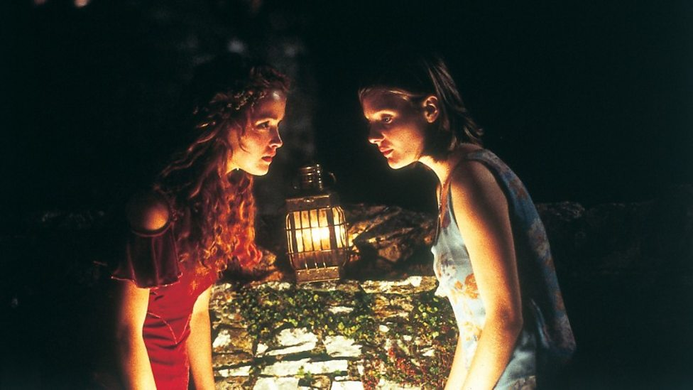 Rose Byrne and Romola Garai in I Capture The Castle