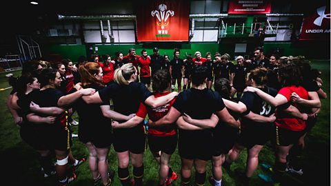 Wales Women's Six Nations game against England makes history with live BBC Wales broadcast