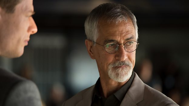 Q&A: David Strathairn Talks 'McMafia'