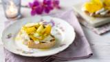 Mozzarella bruschetta with shaved fennel and courgette