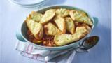 Cheesy garlic bolognese beef pie