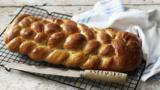 Eight-strand plaited loaf