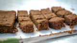 Carrot and chickpea traybake