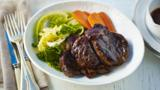 Shin of beef with ginger, carrot and cabbage