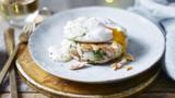 Smoked salmon hash brown with poached egg and hollandaise sauce