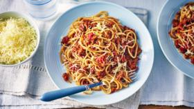 spaghetti_bolognese_with_23409