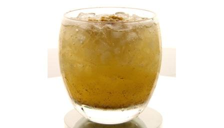 Apple crumble cocktail