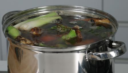 BBC - Food - Recipes : How to make beef stock