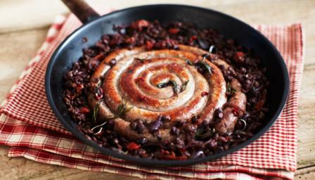 Cumberland sausage with red wine, rosemary and lentils