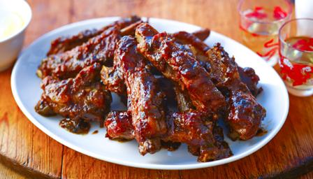 Melt-in-your-mouth spare ribs with a tasty Chinese-style sauce.