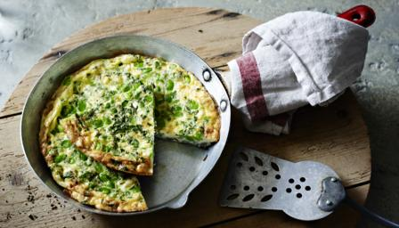Broad bean and feta fritatta ('fruitalia')