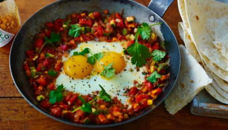 Huevos rancheros (ranch-style eggs)