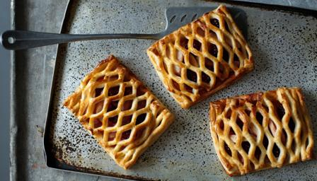 Blackberry and apple pastries