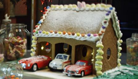 BBC Food Recipes Gingerbread Garage - Gingerbread house garage