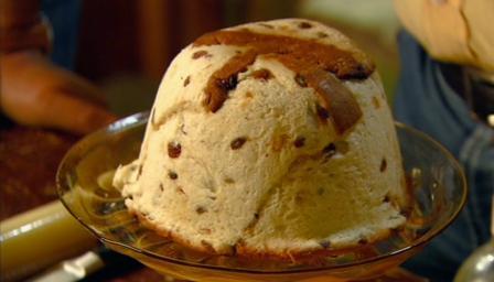 Layered panettone and ricotta pudding