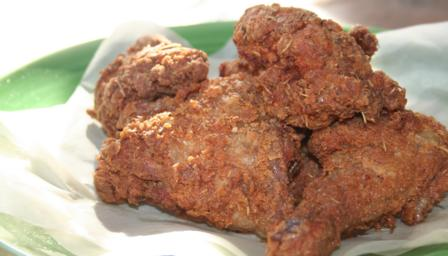 Lee's brown-bag fried chicken