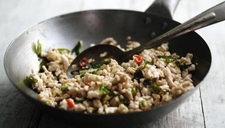Turkey mince stir fry with basil