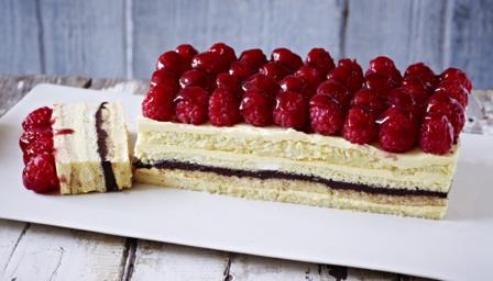 The Great British Baking Show Grapefruit Sandwich Cake