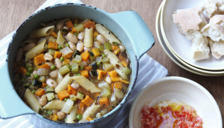 Pasta and bean soup (Pasta e fagioli)