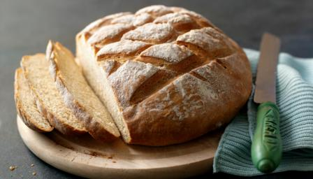 ... Hollywood shows you how to make bread in a step-by-step video recipe