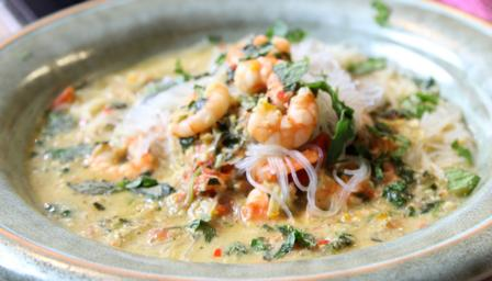 Prawn and noodle soup