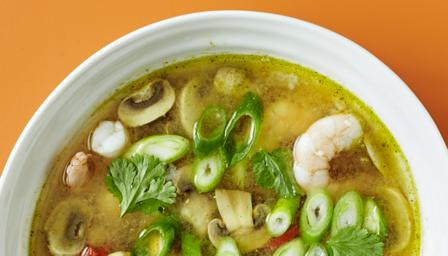 Prawn tom yum soup