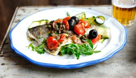 Sea bream with a courgette salad with fresh mint and rocket