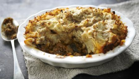Shepherd's pie with spiced parsnip mash